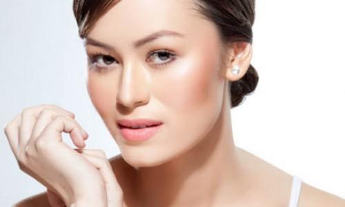 Female model13