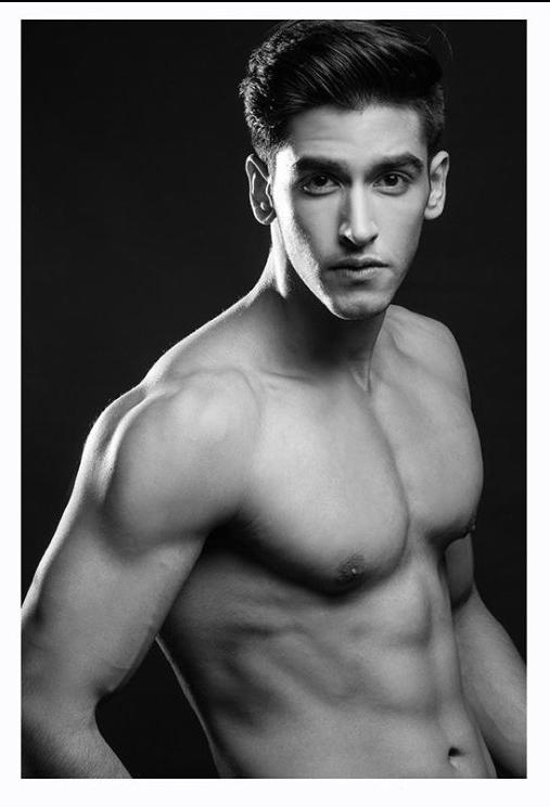male fitness modeling